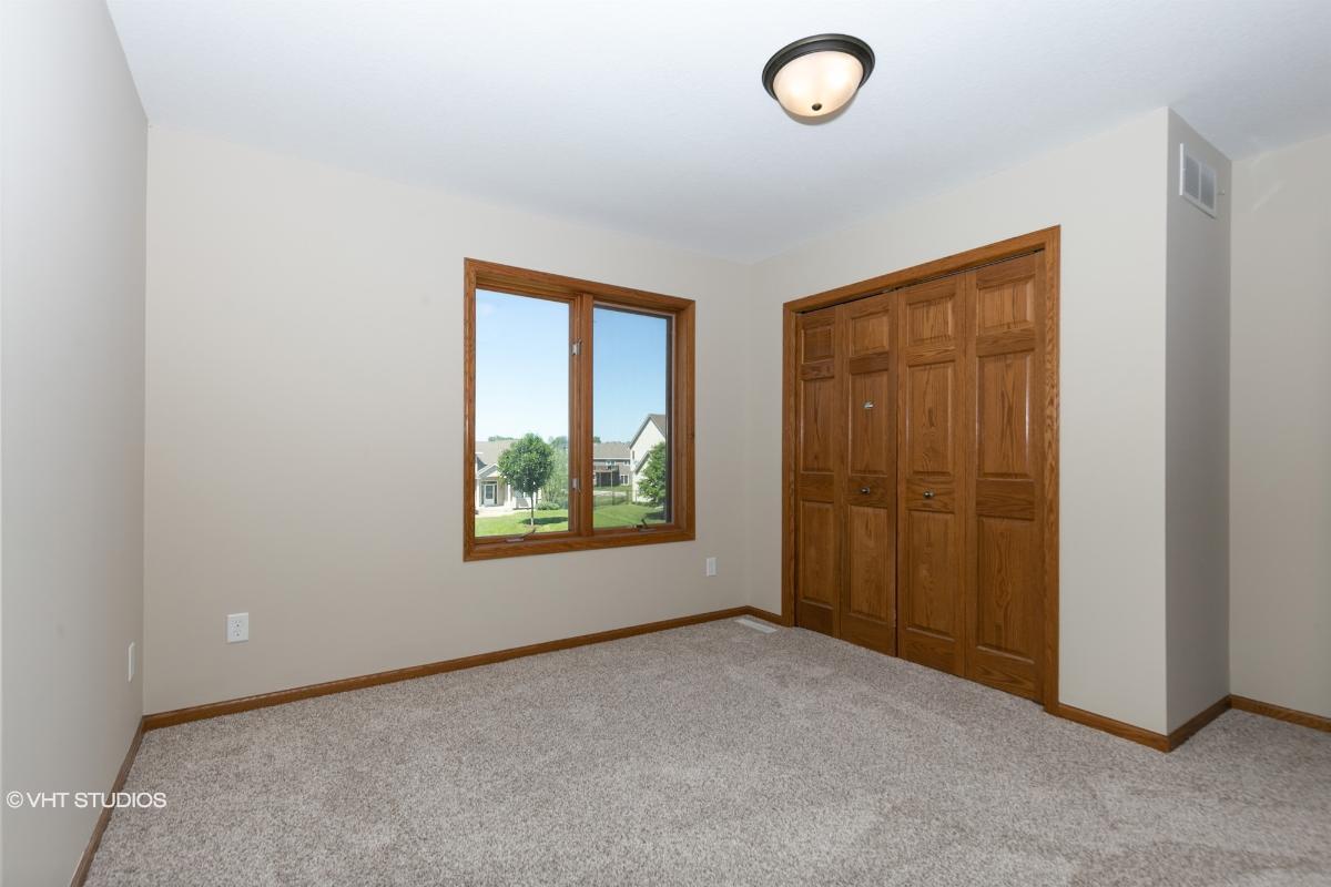 1309 Deerview Ct Se, Lonsdale, Minnesota