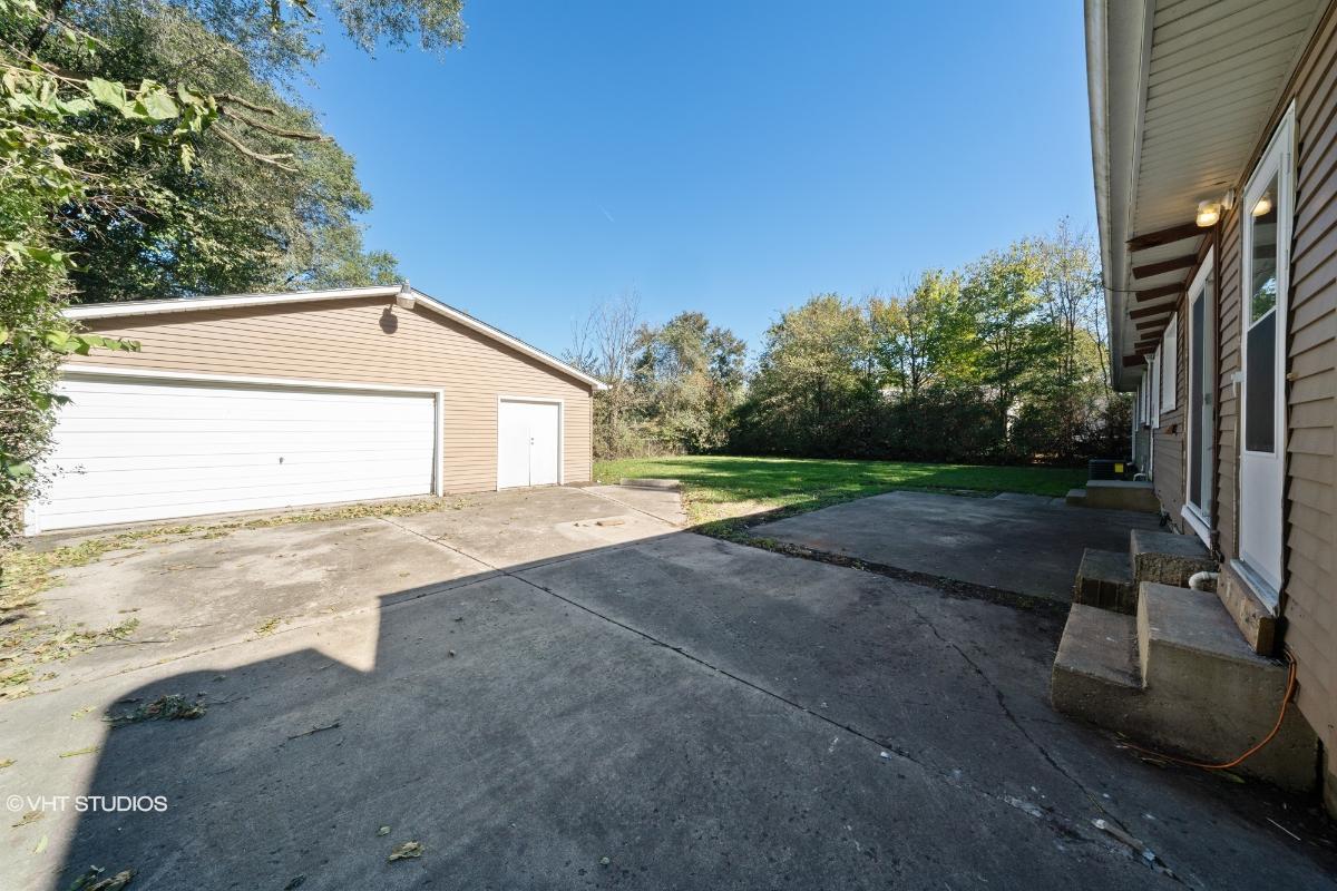 53 Baseline Rd, Oswego, Illinois