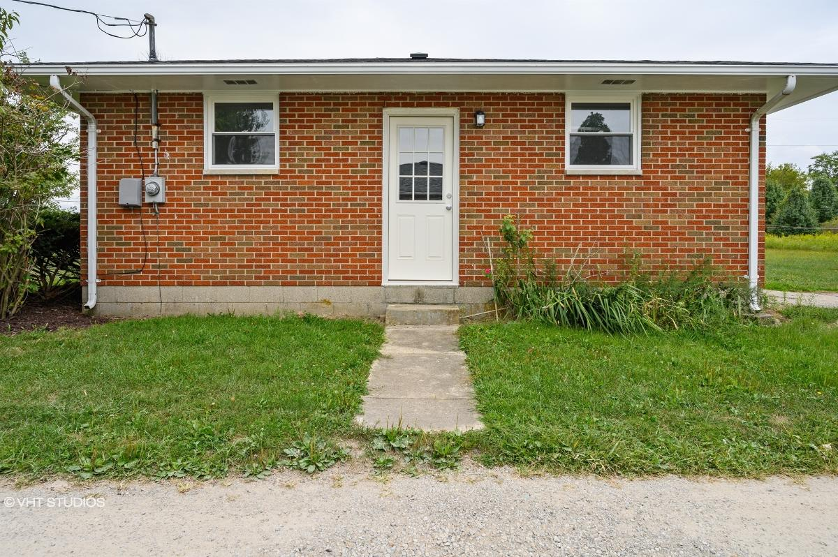 5643 Troy Rd, Springfield, Ohio