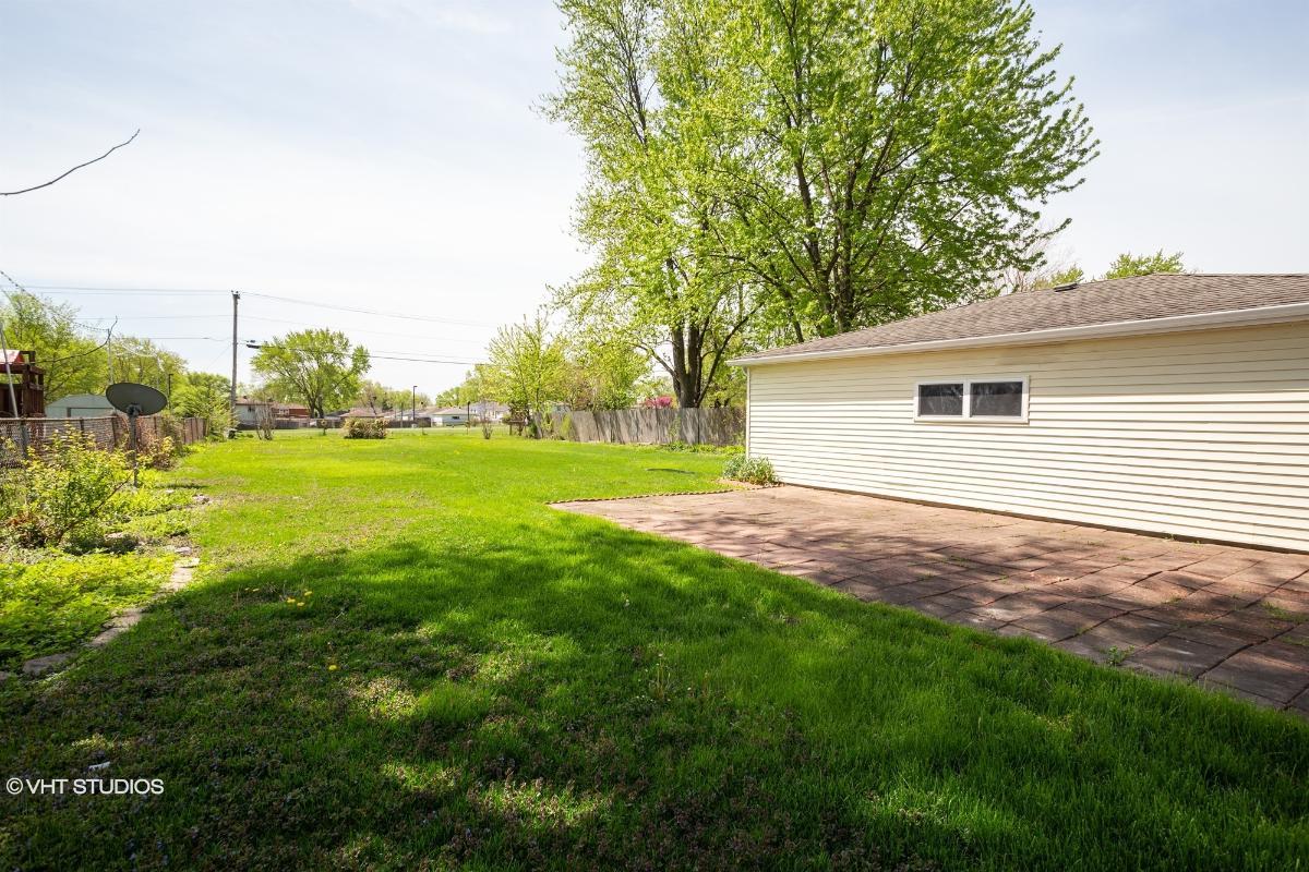 17 W 605 Lorraine Ave, Addison, Illinois