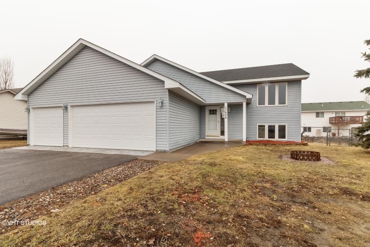 17606 305th Ln, Shafer, Minnesota