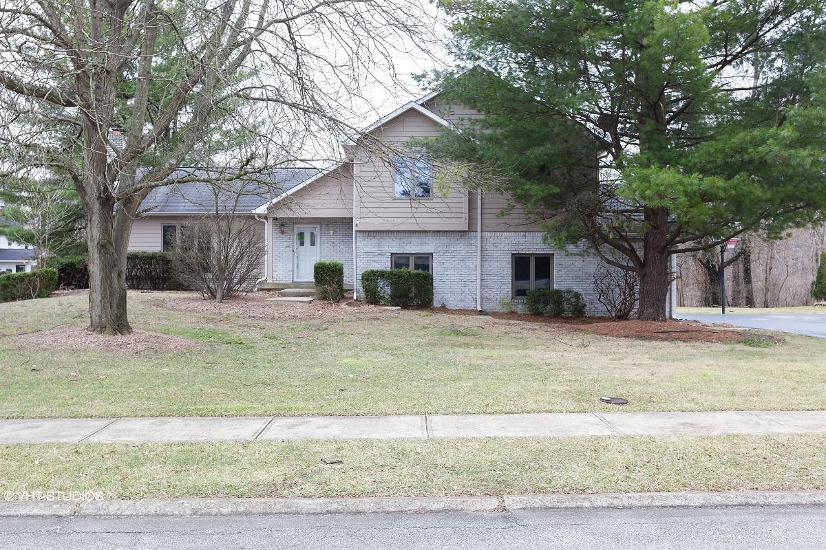 11768 Eden Estates Pl, Carmel, Indiana