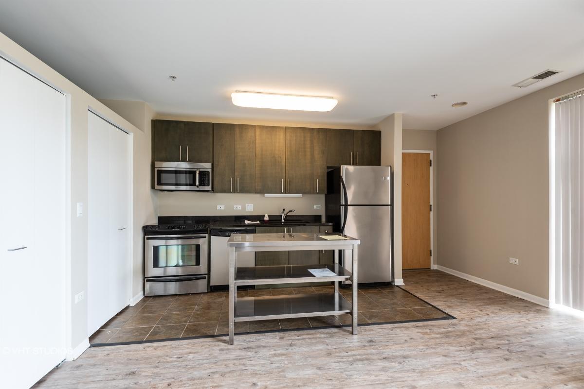 1740 Oak Ave Unit 406, Evanston, Illinois