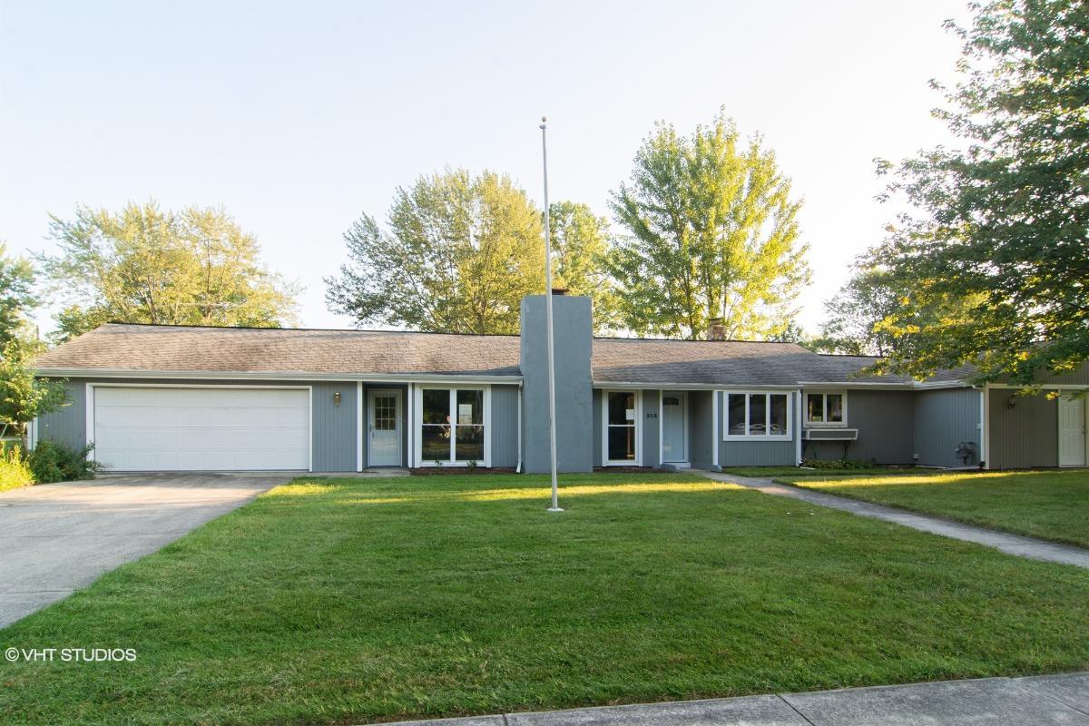 215 Fullerton Rd, Elyria, Ohio