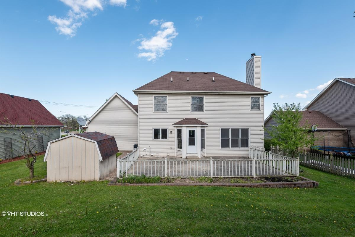 1550 Prairie Crossing Dr, West Chicago, Illinois