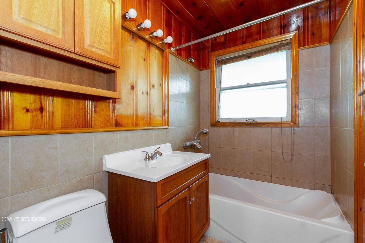 4410 189th St, Country Club Hills, Illinois