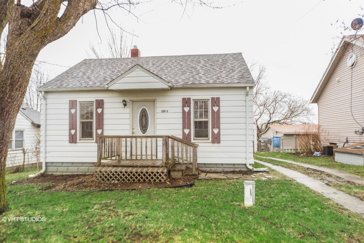 2051 Diamond Ave, Flint, Michigan