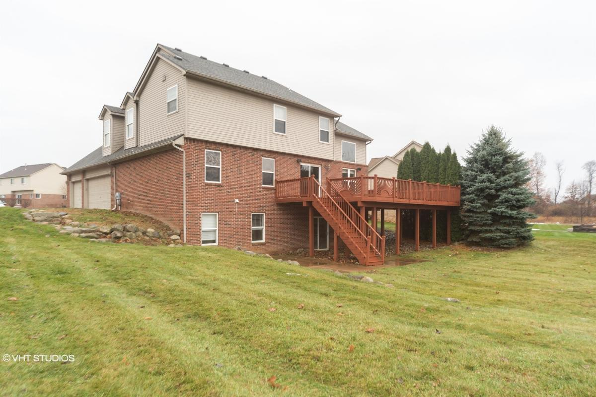 8879 Giovanni Ct, Howell, Michigan