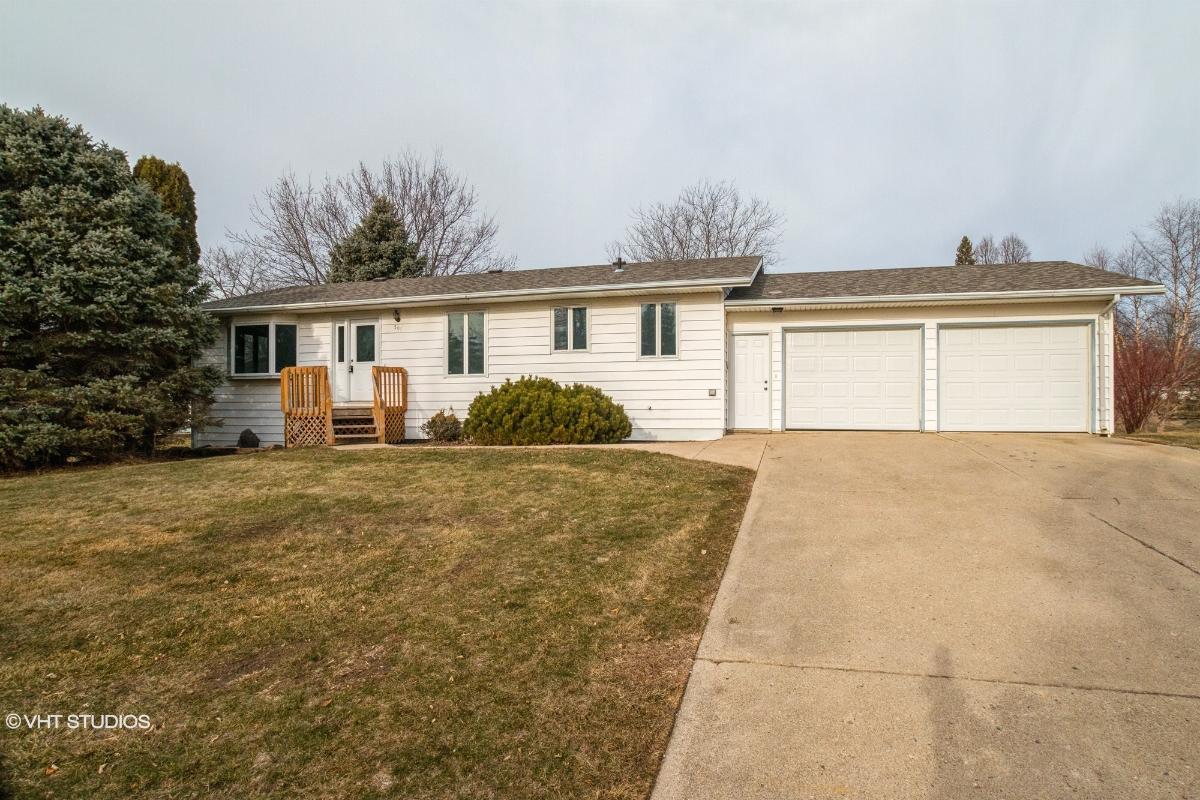 505 Annis Ave, Lakefield, Minnesota