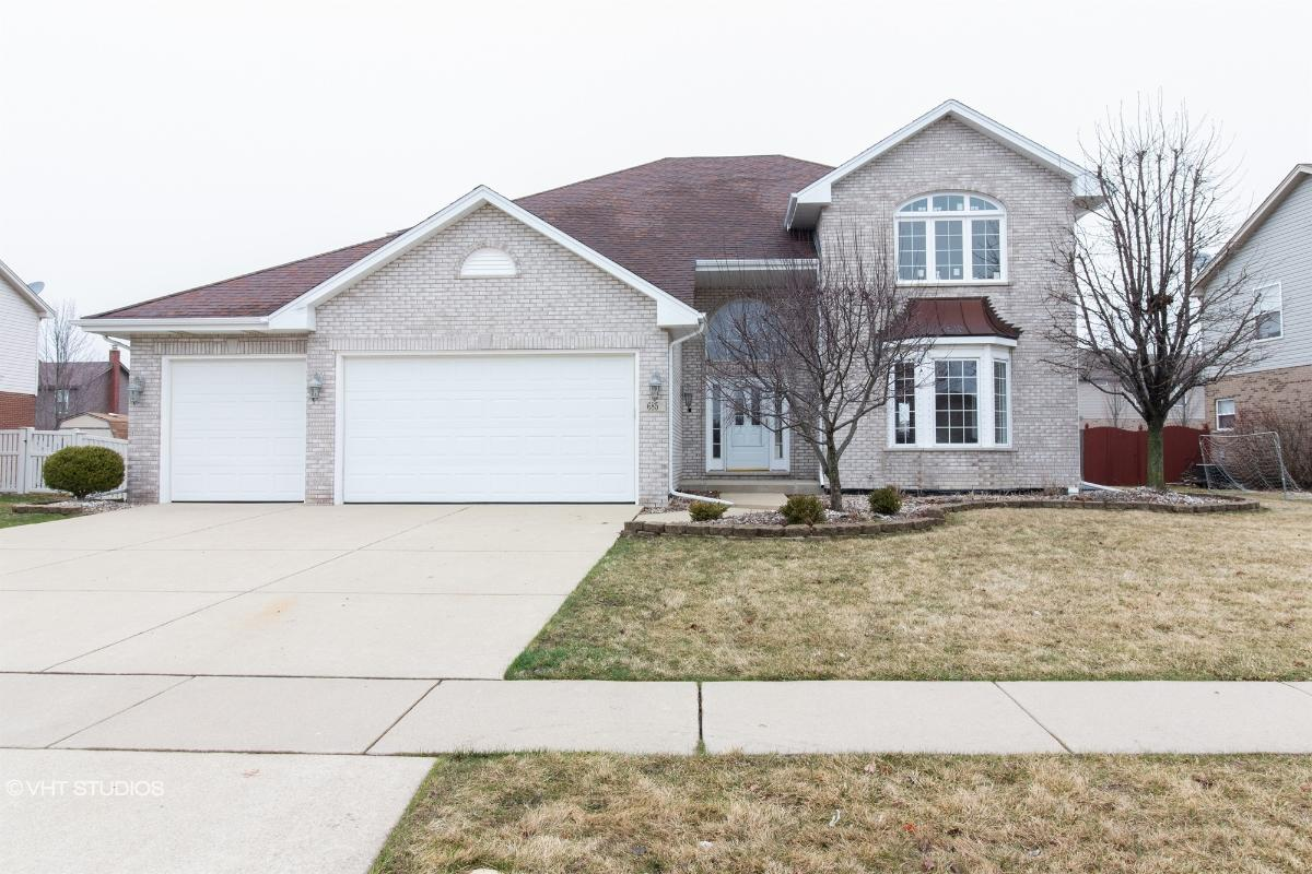 685 Tanager Ln, New Lenox, Illinois