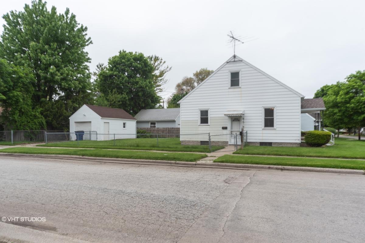 824 Michigan Ave, Bay City, Michigan