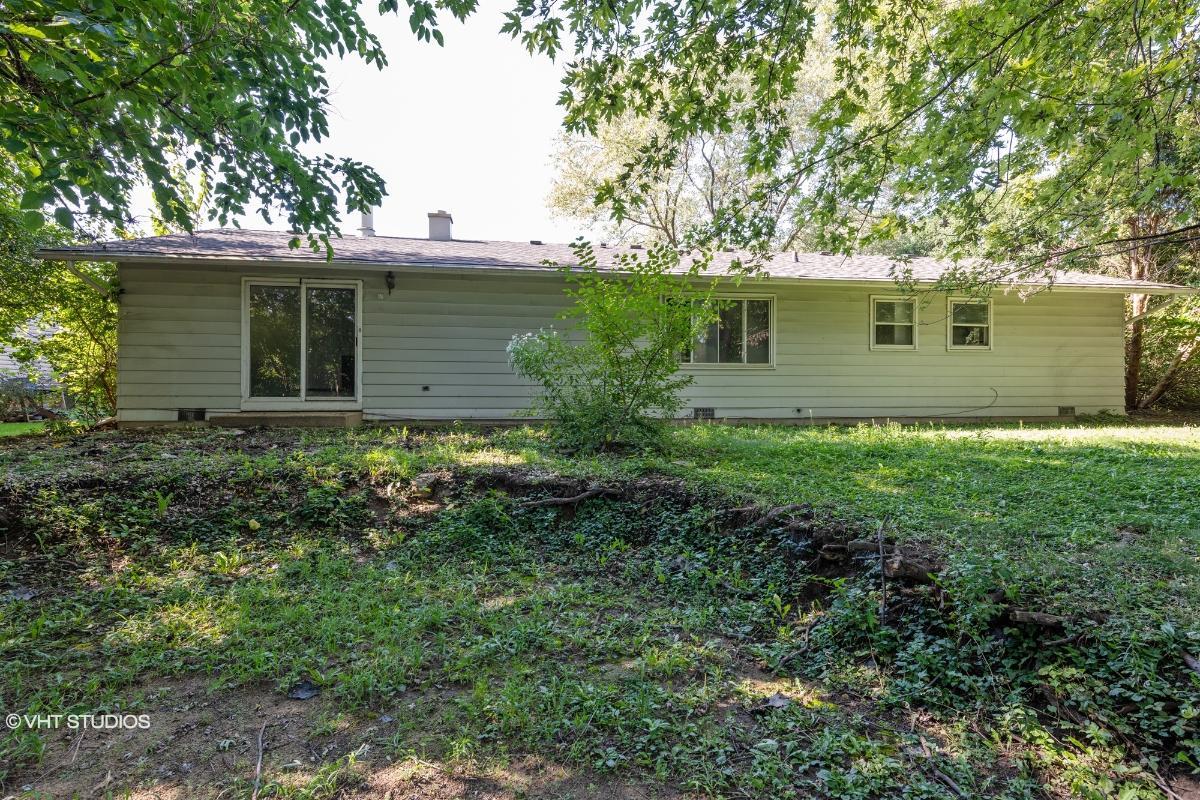 2711 Jackson Dr, Woodridge, Illinois