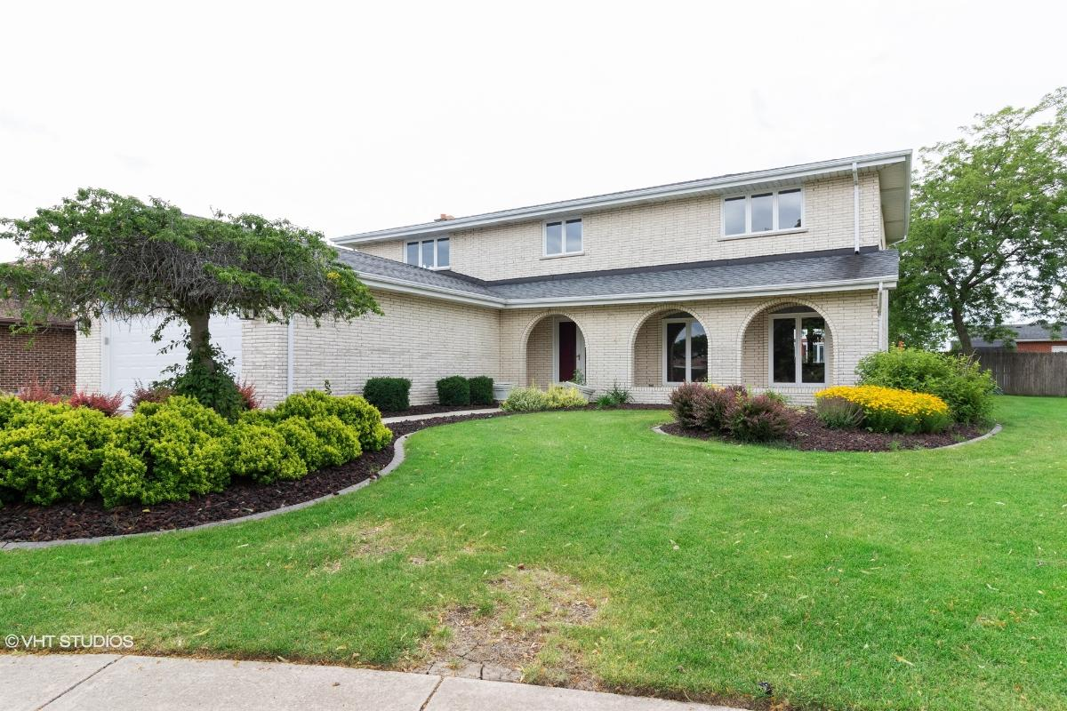 8037 Sawgrass Ct, Orland Park, Illinois