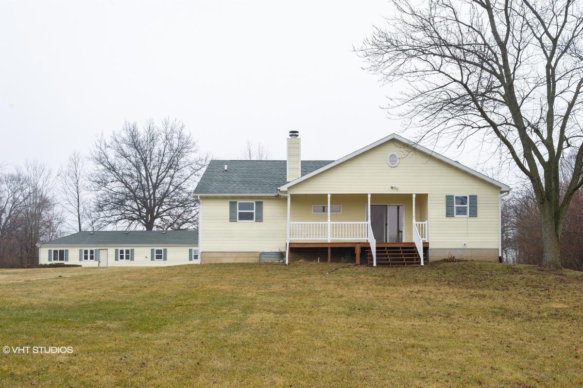 6876 N 16750e Rd, Momence, Illinois
