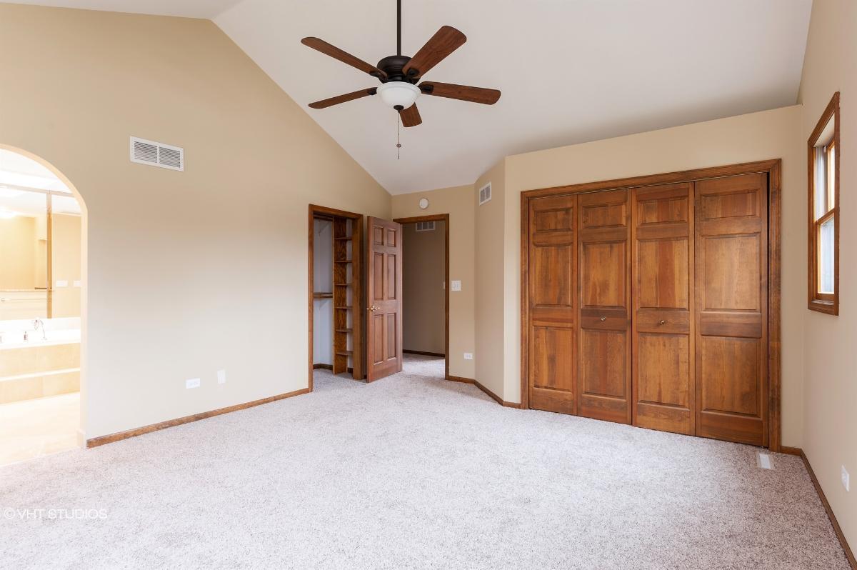 518 Arapaho Trl, Lake Villa, Illinois