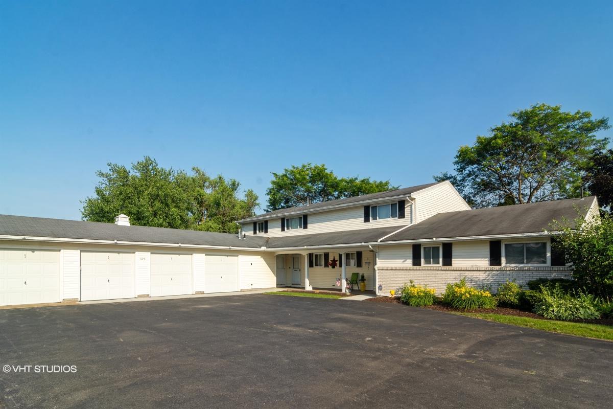 8951 W Ridge Rd Unitd, Elyria, Ohio