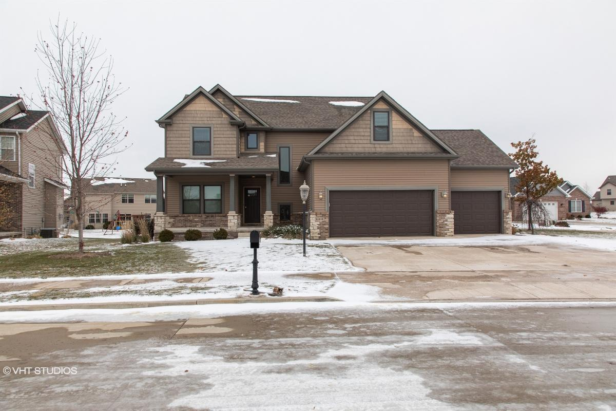 11112 N Saddlehorn Way, Dunlap, Illinois