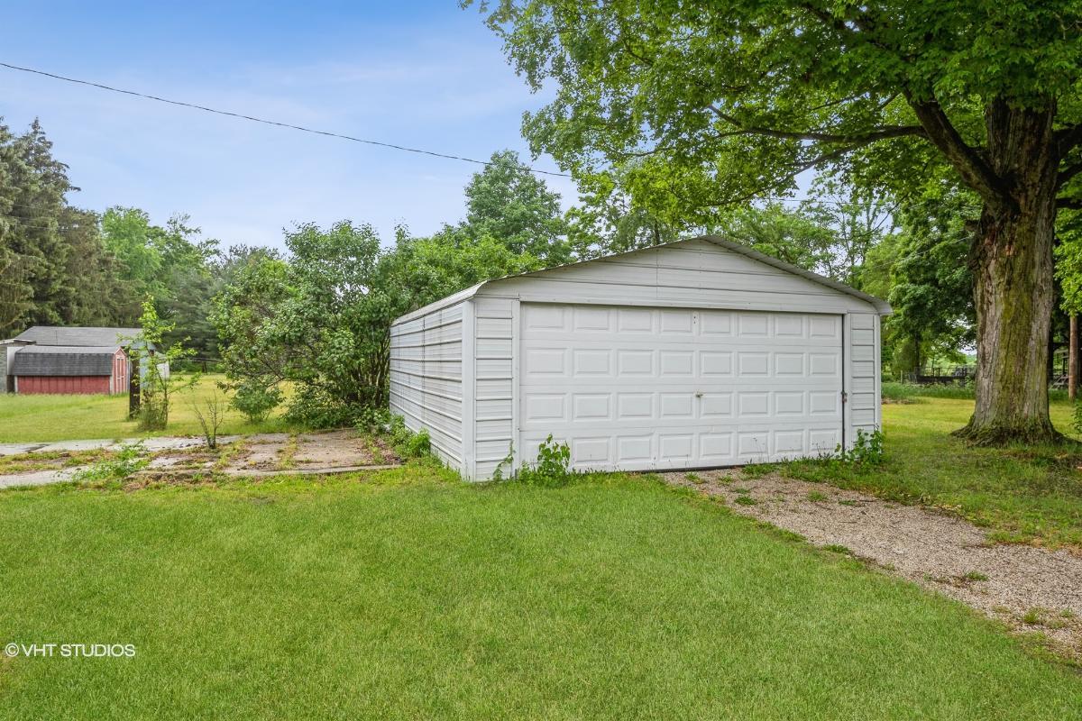 54068 Wilbur Rd, Three Rivers, Michigan