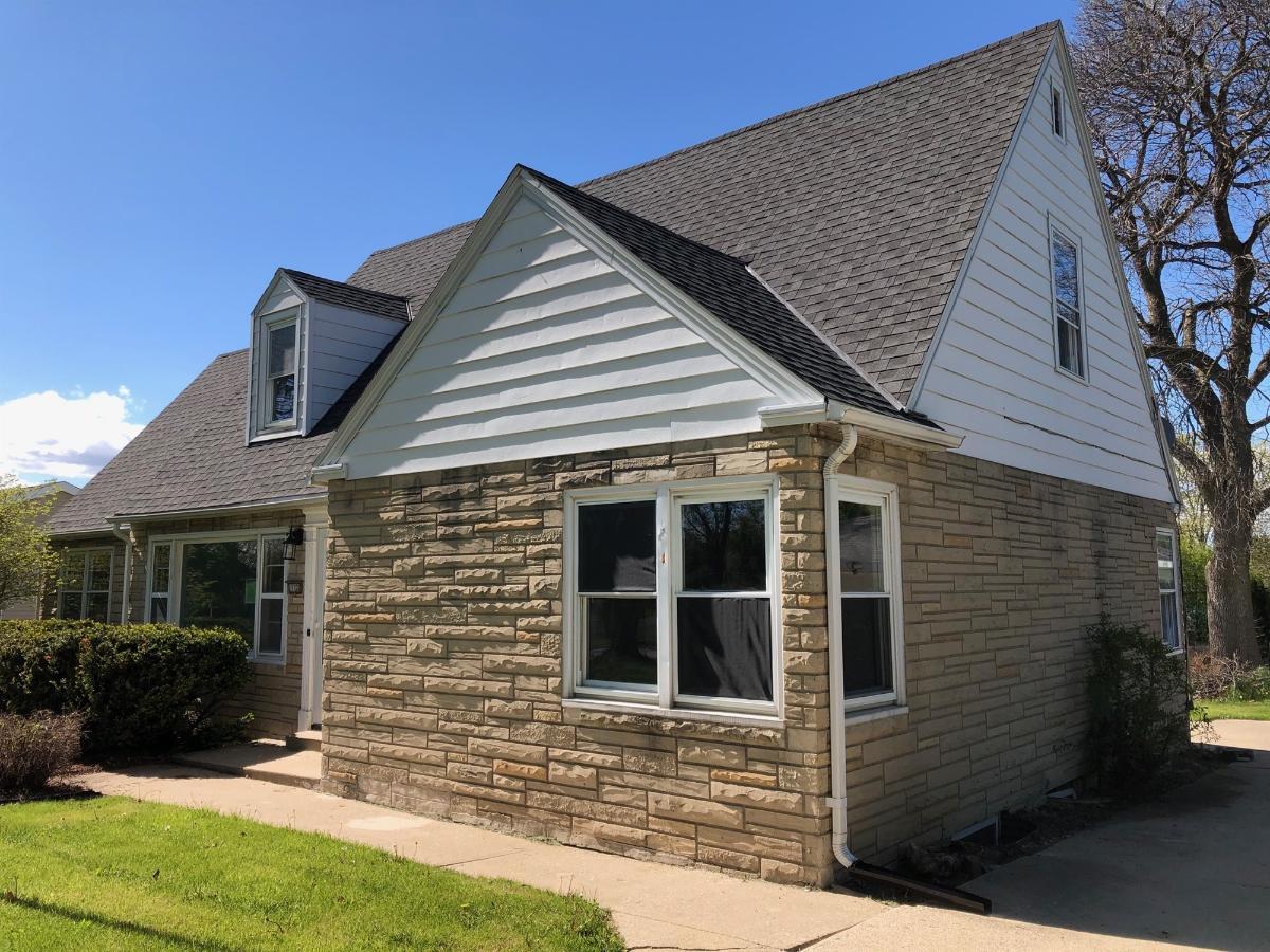 11120 W Ruby Ave, Wauwatosa, Wisconsin