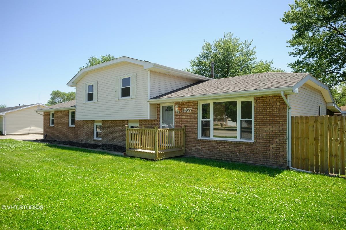 1367 E Armour Rd, Bradley, Illinois