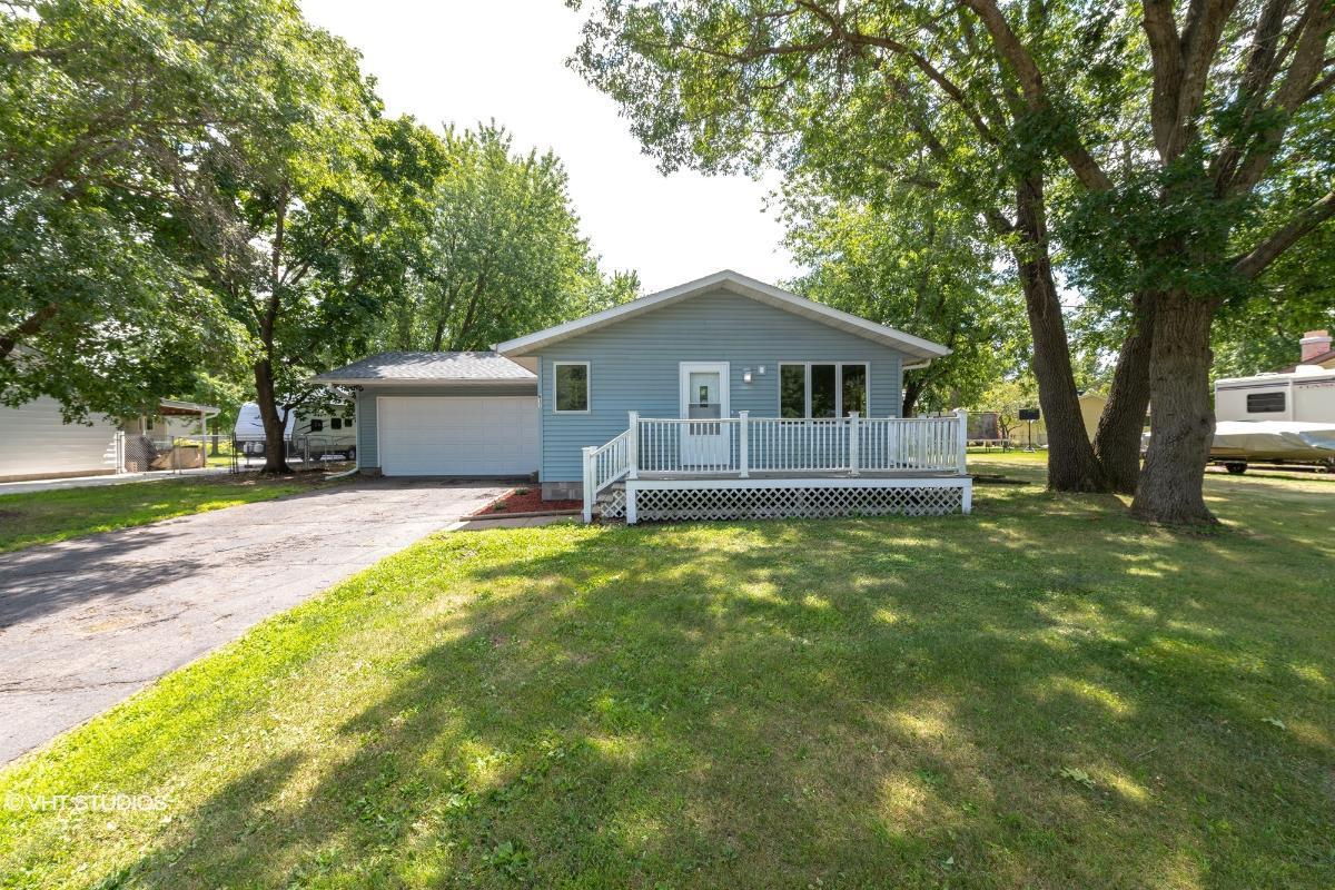 917 Eddy Lane, Eau Claire, Wisconsin