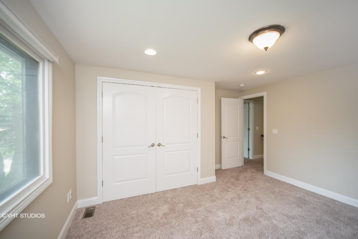 4288 Southmoor Ln, West Bloomfield, Michigan