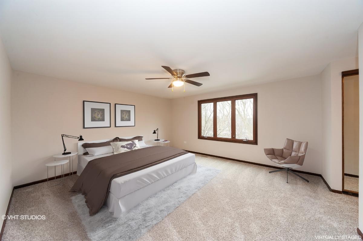 207 E Burr Oak Dr, Arlington Heights, Illinois