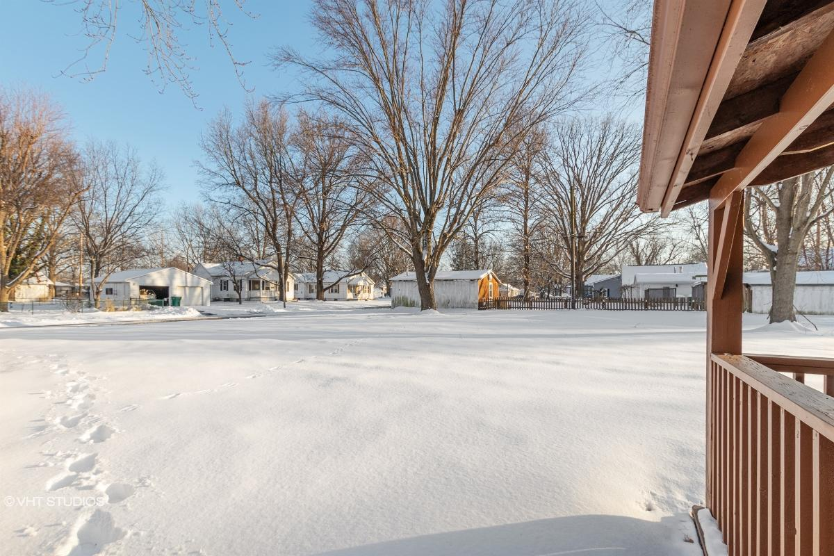 500 W Oak St, Millstadt, Illinois