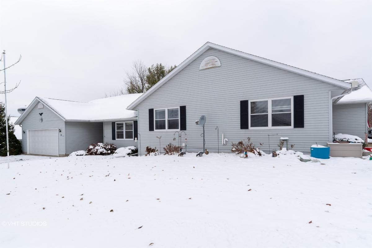 566 Blanche Dr, Milton, Wisconsin