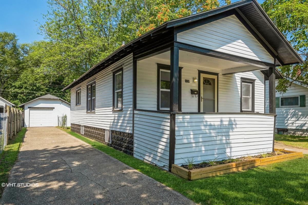 1128 Ogden Ave, Benton Harbor, Michigan