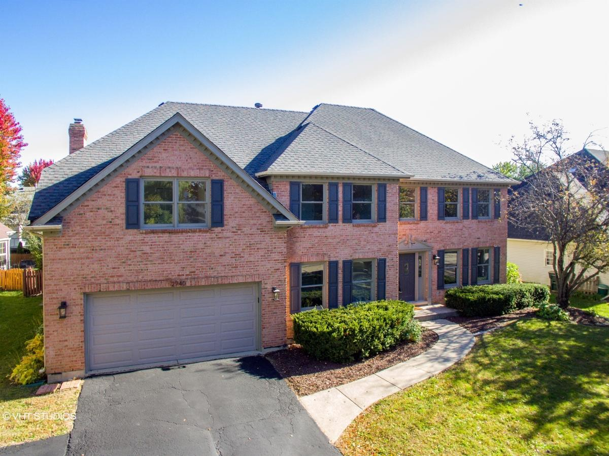 2740 Fox River Ln, Naperville, Illinois