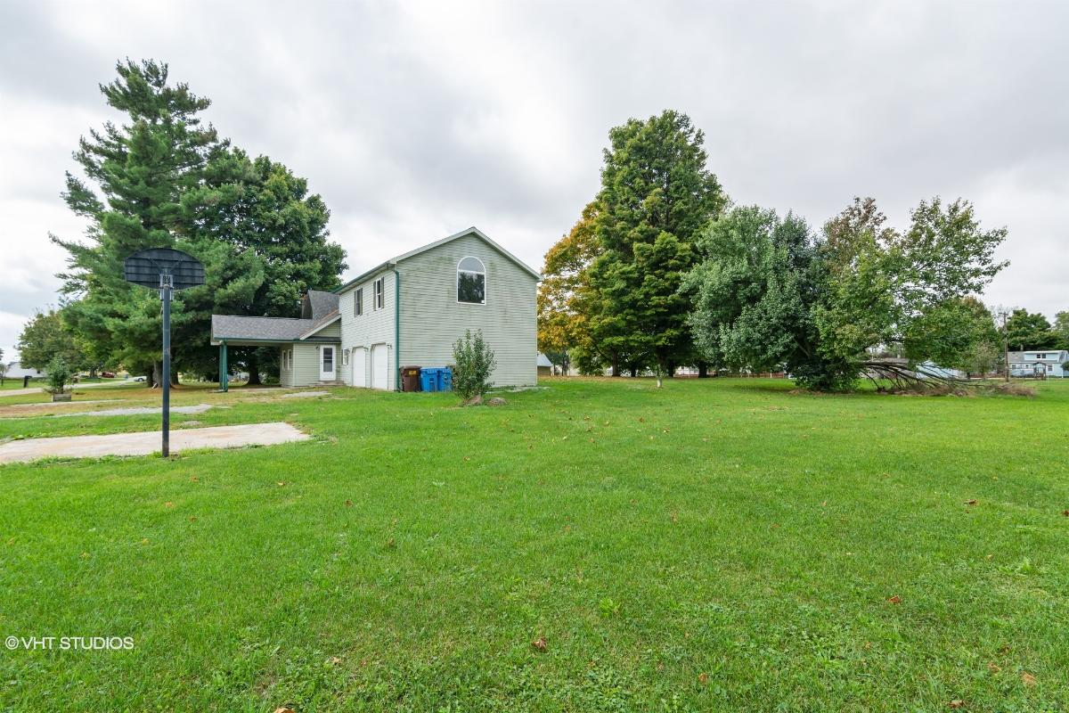 8100 S Grace Ave, Columbia City, Indiana