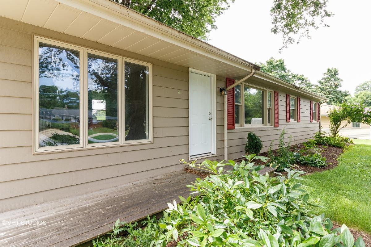 520 Old Hickory Road, New Lenox, Illinois