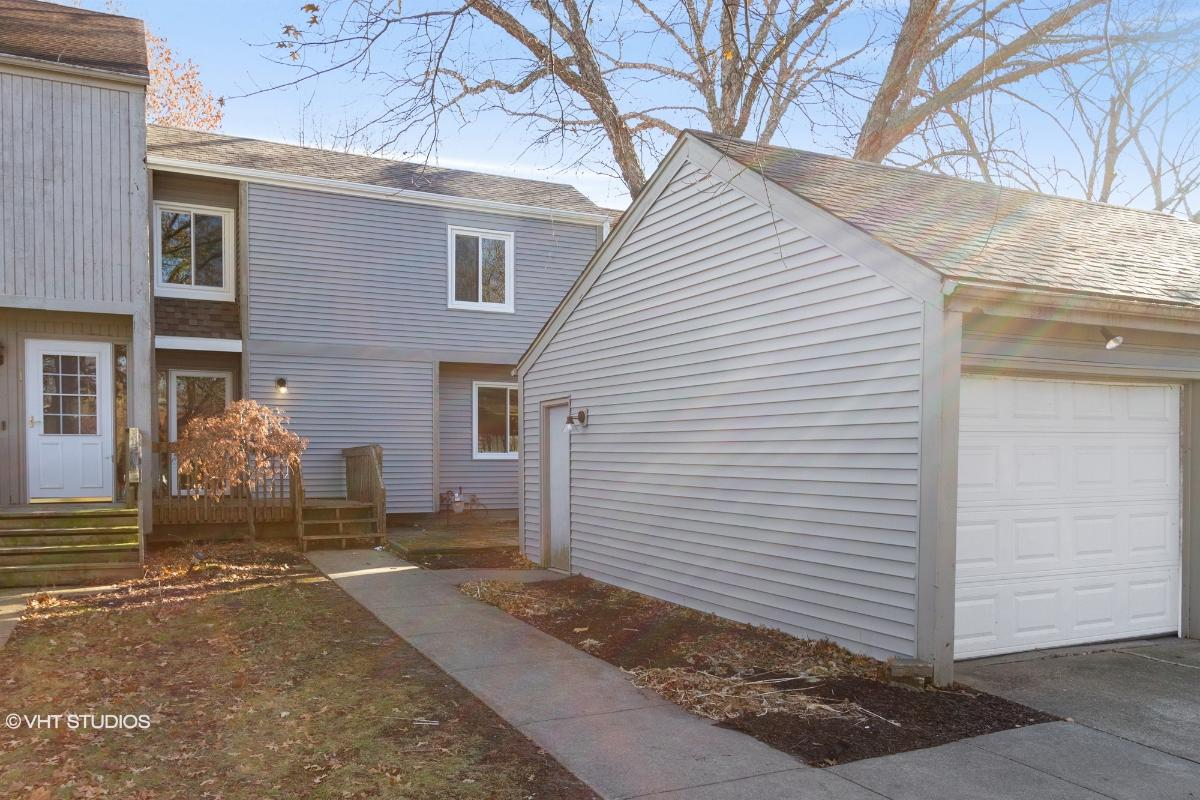 2833 Se 20th Street, Des Moines, Iowa
