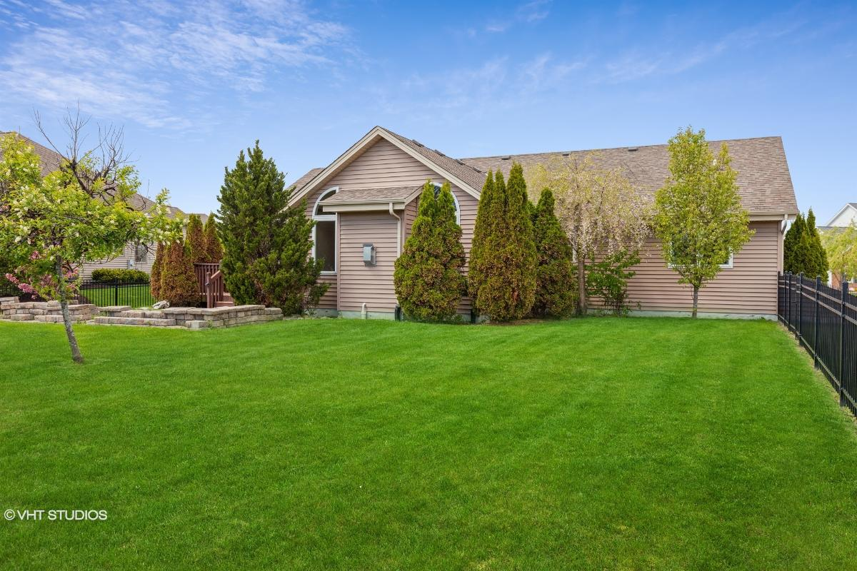 10001 Cooper Rd, Pleasant Prairie, Wisconsin