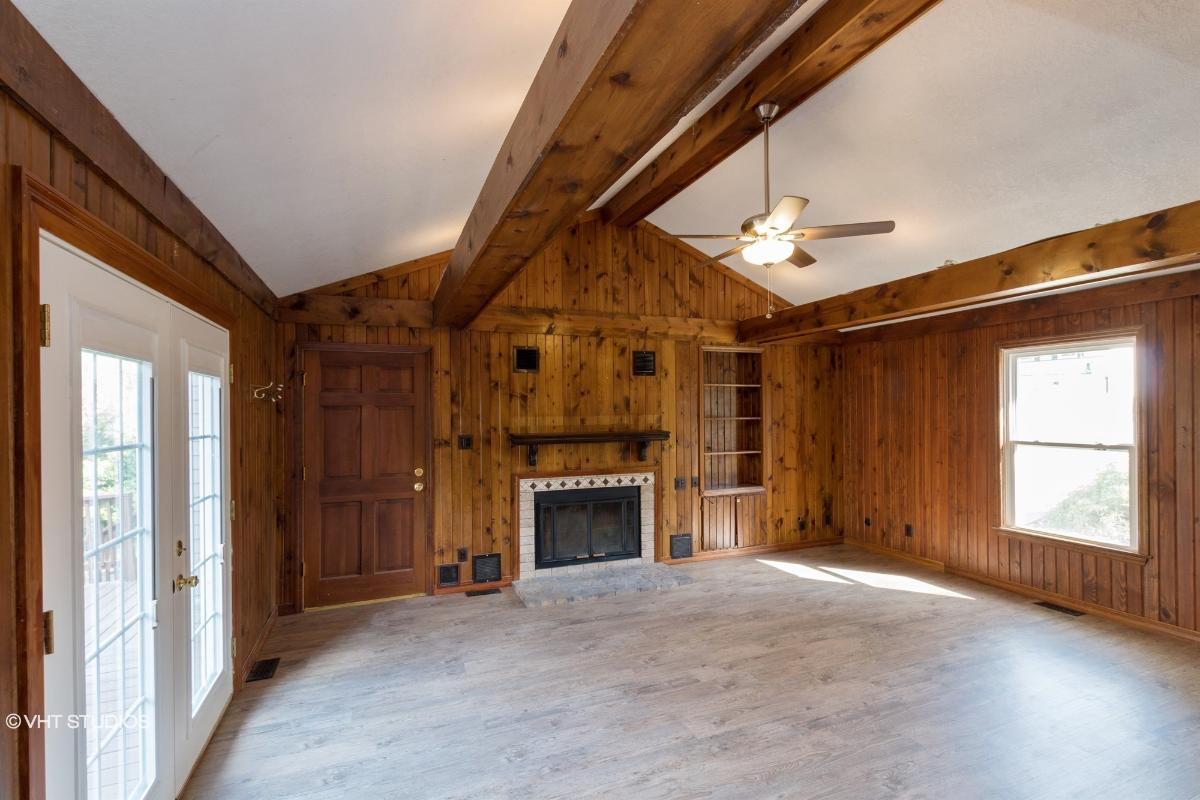 331 Whispering Oaks Dr, Bethalto, Illinois