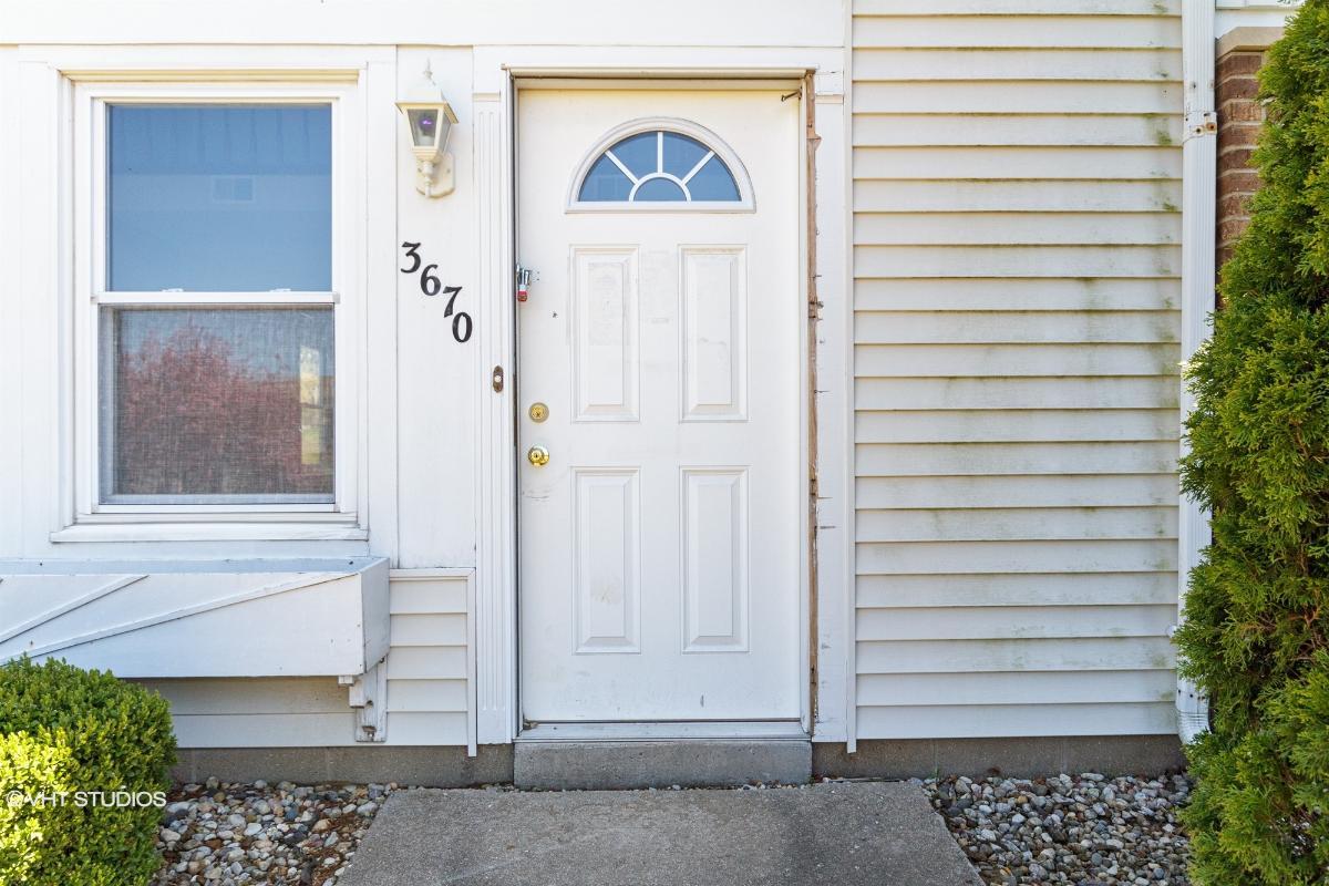 3670 N Sandia Drive, Peoria, Illinois