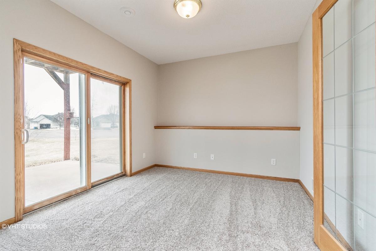 1225 Bergman Ln Nw, Isanti, Minnesota