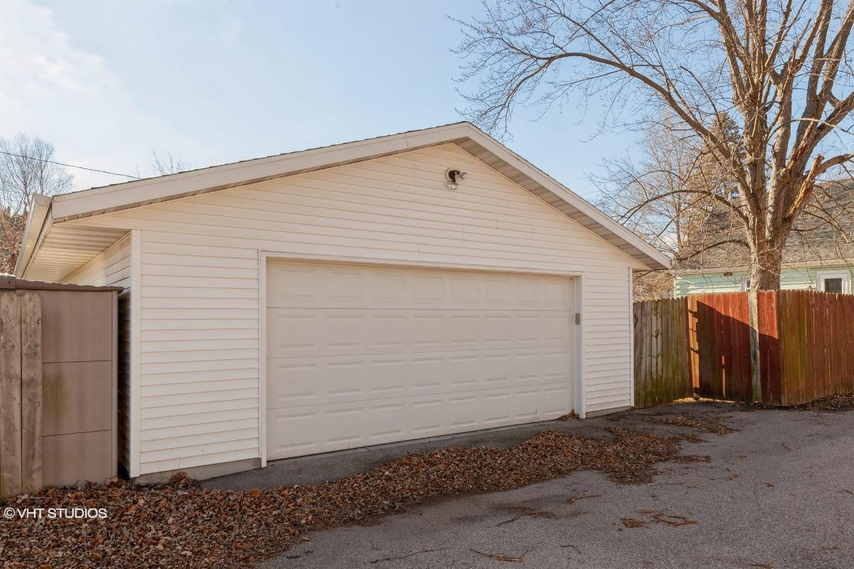3168 S 106th Street, West Allis, Wisconsin