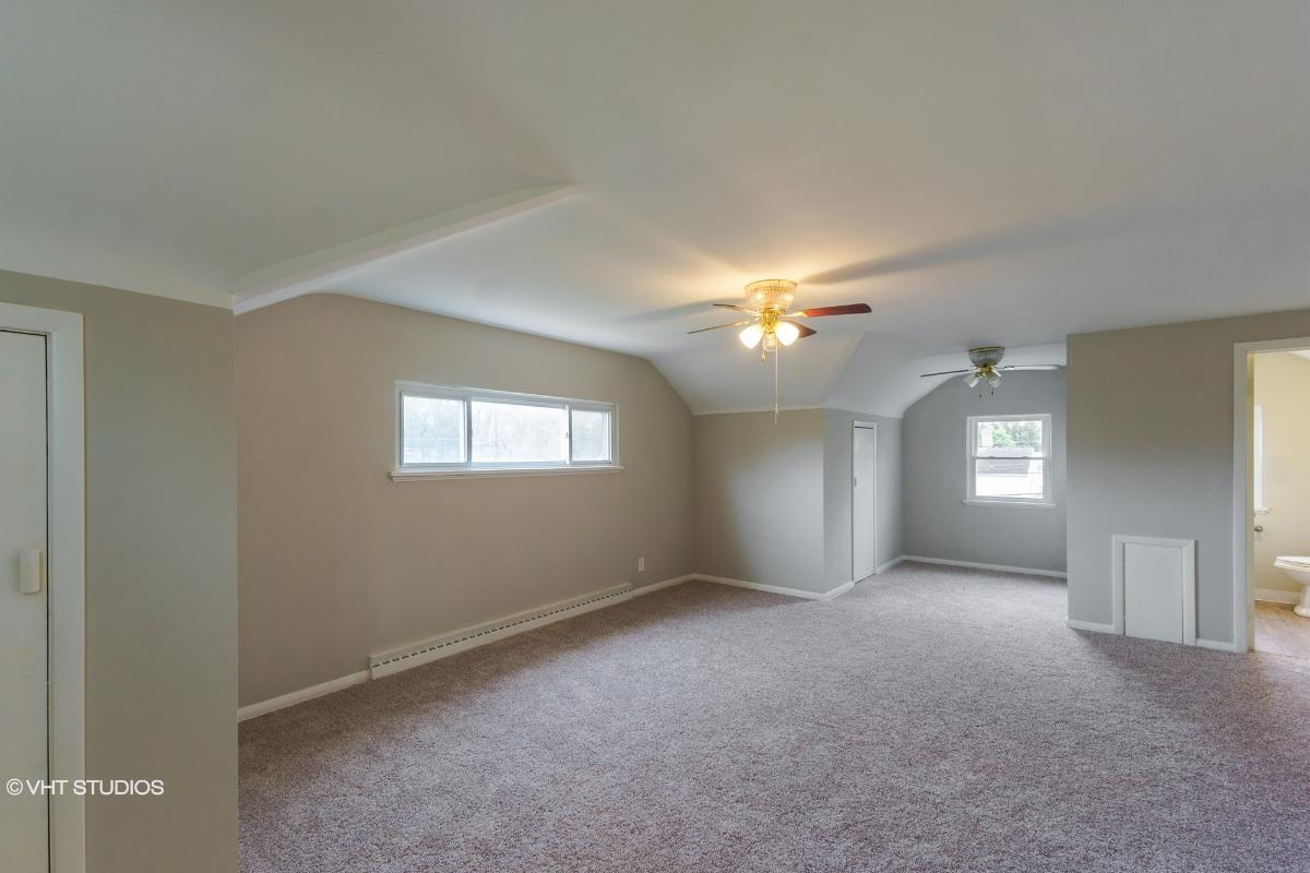 1036 S Green Rd, South Euclid, Ohio