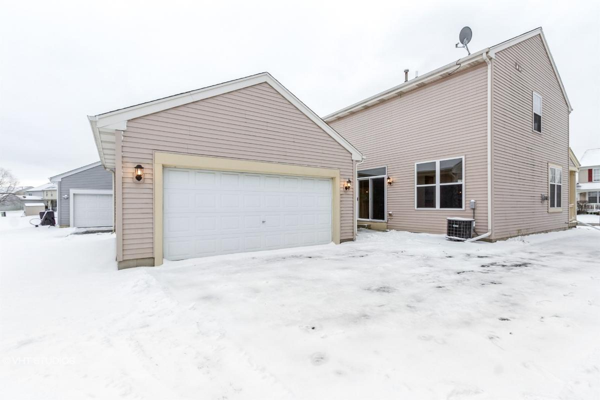 3324 Holden Cir, Matteson, Illinois