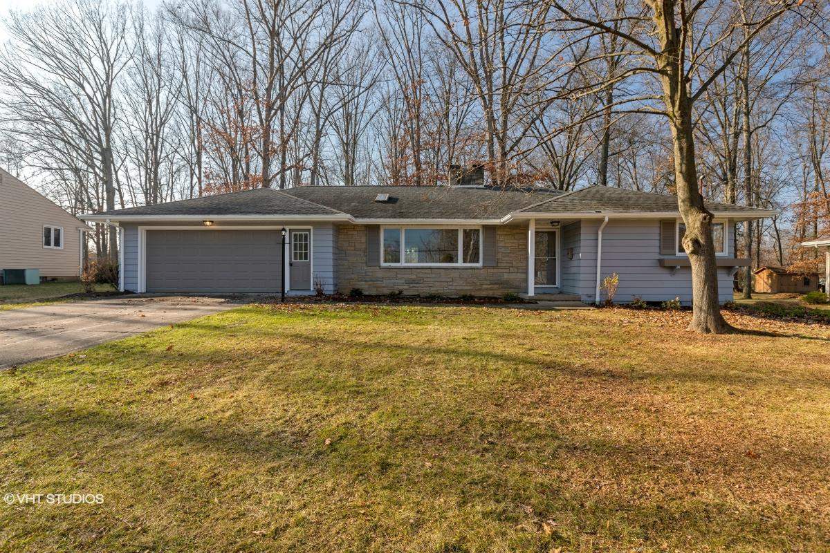 670 Blueberry Hill, Canfield, Ohio