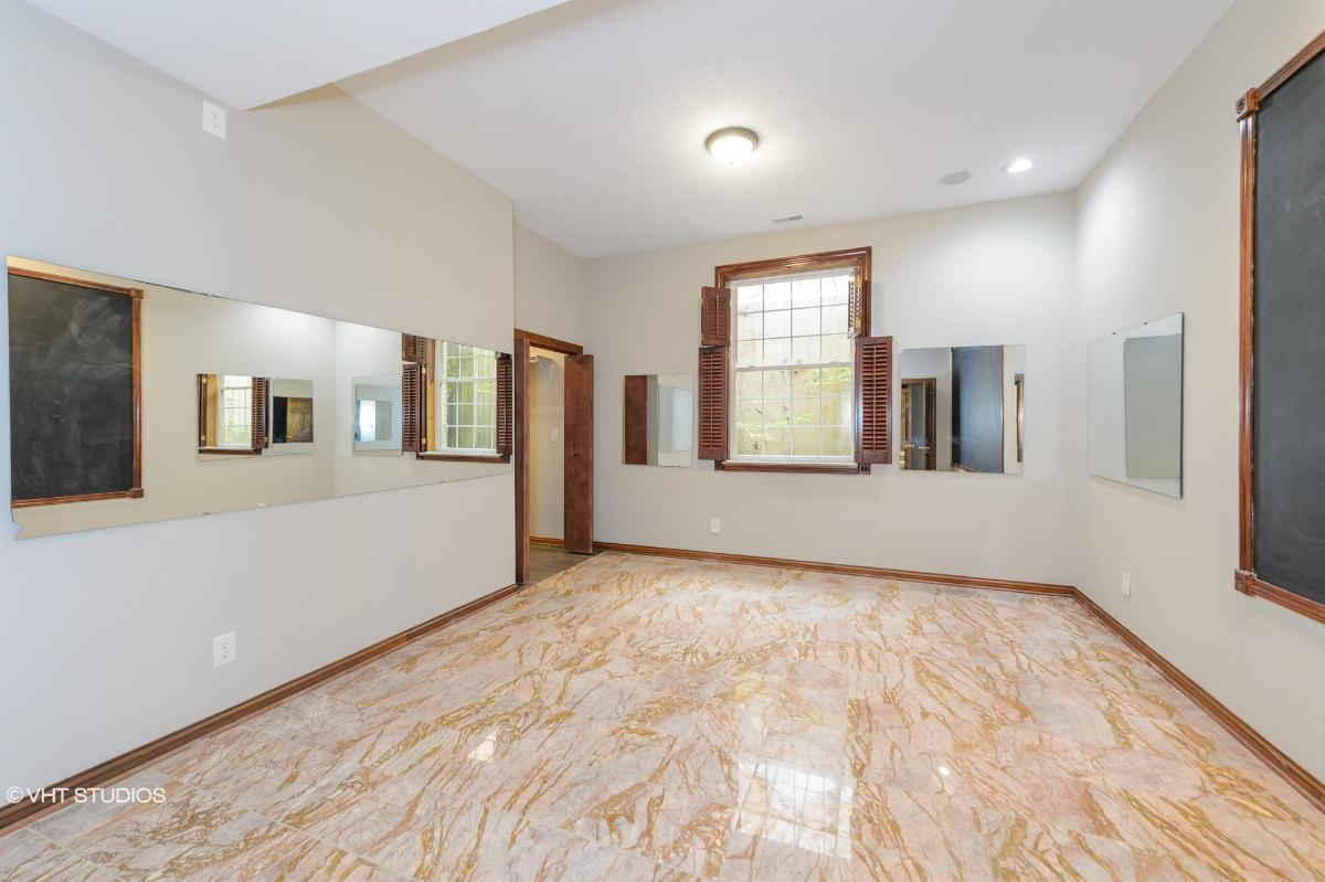6879 Carters Grove Dr, Noblesville, Indiana