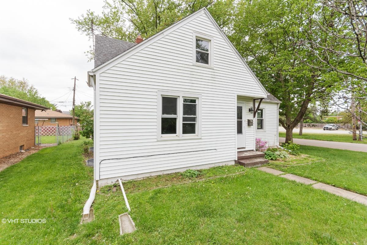 2726 W Heading Ave, West Peoria, Illinois