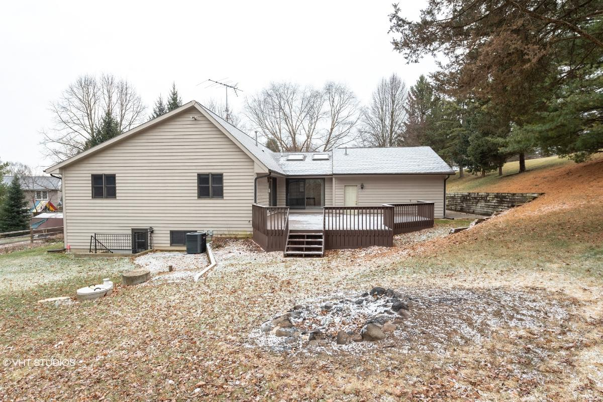 31828 117th St, Twin Lakes, Wisconsin
