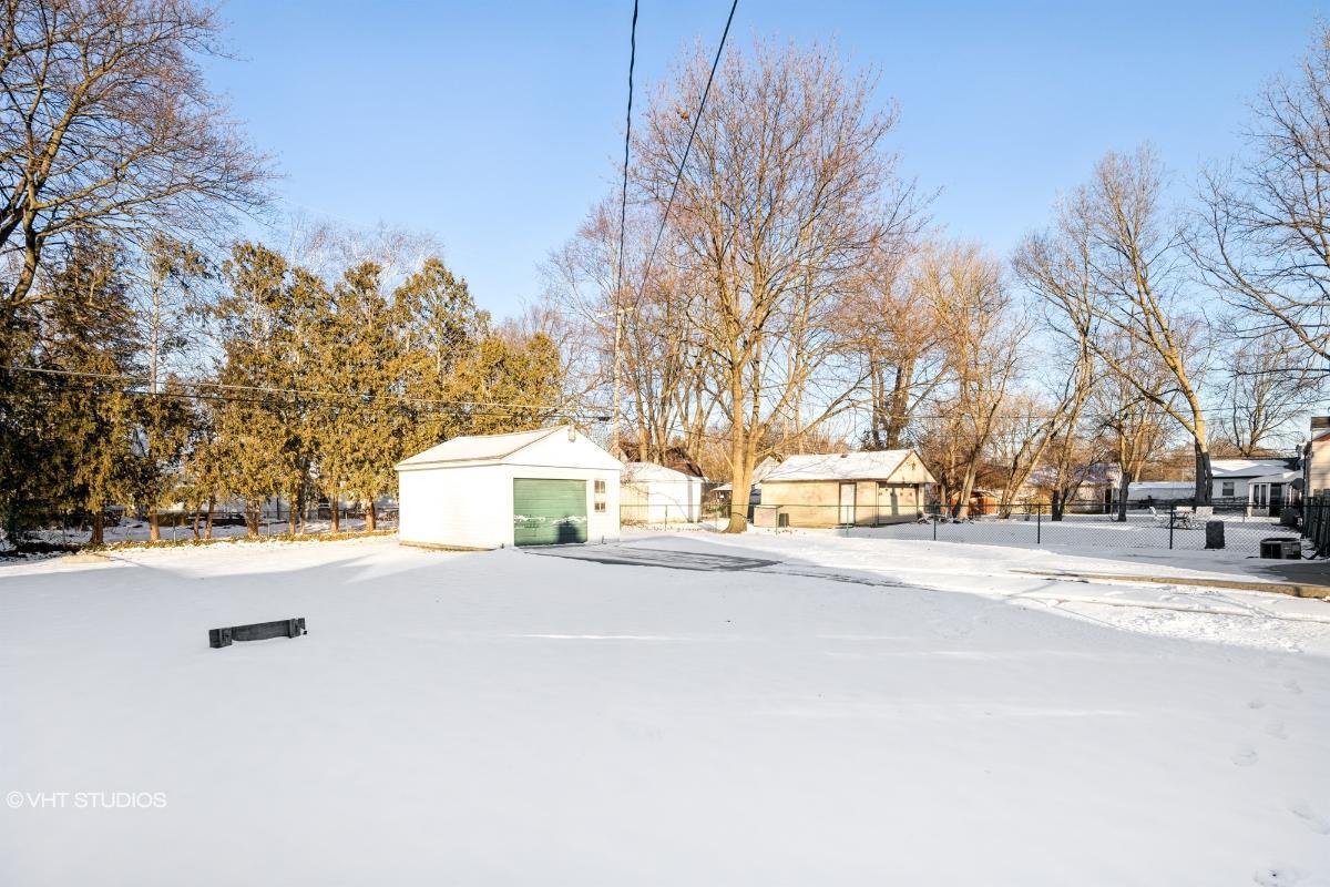 15579 Wakenden, Redford, Michigan