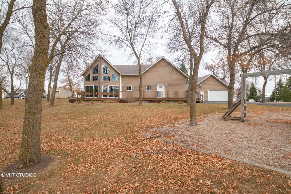 2501 Windsong Lane, Gary, South Dakota