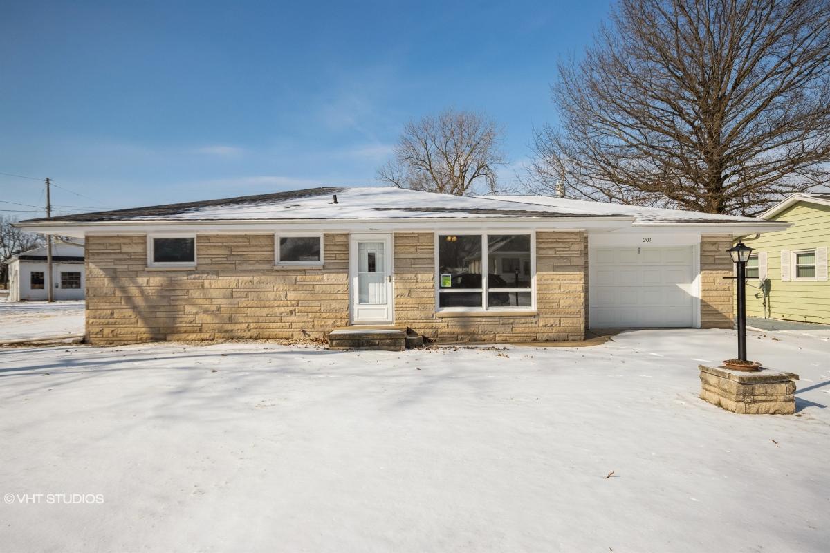 201 Commonwealth Ave, Kincaid, Illinois