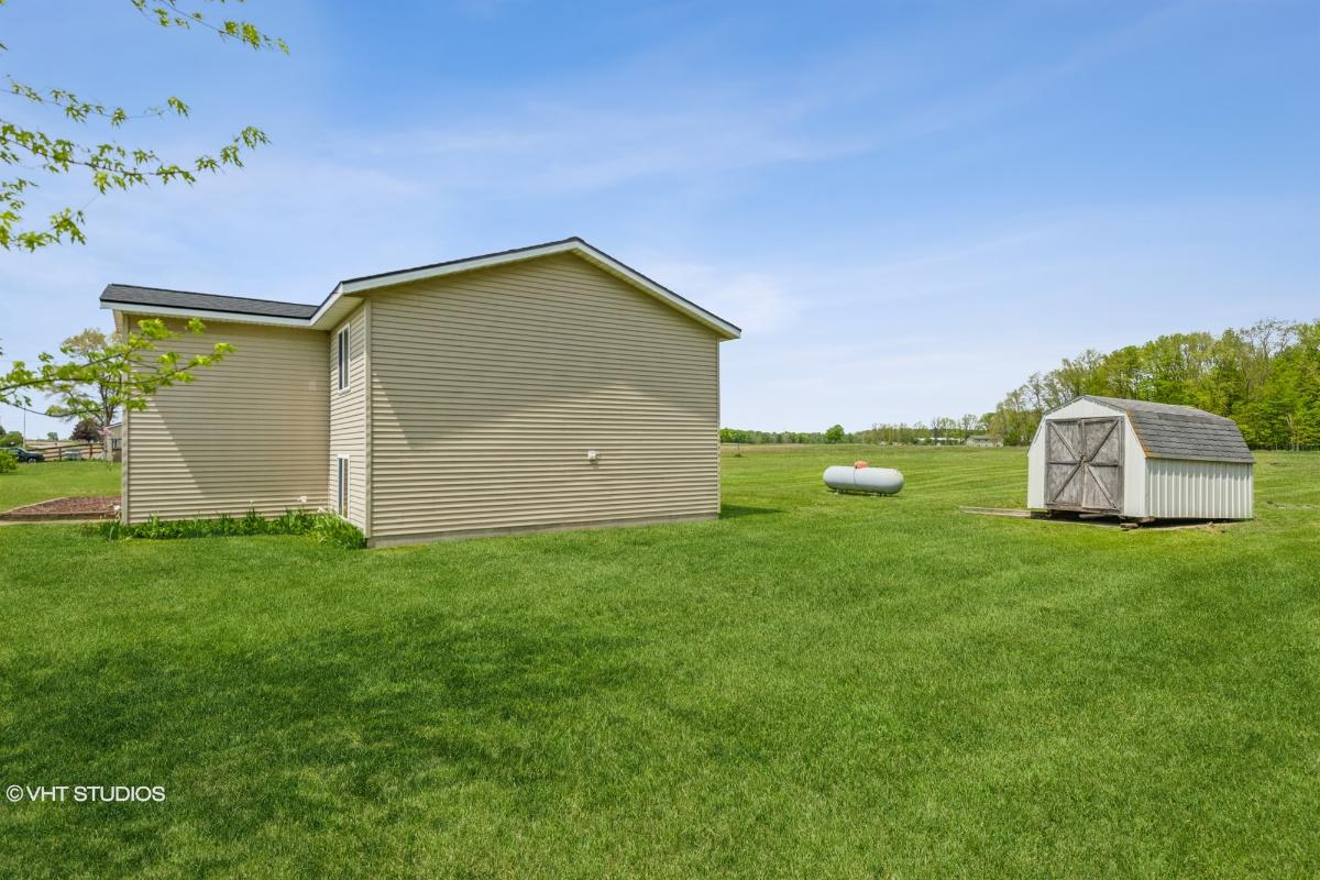 8187 E Condensery Road, Carson City, Michigan