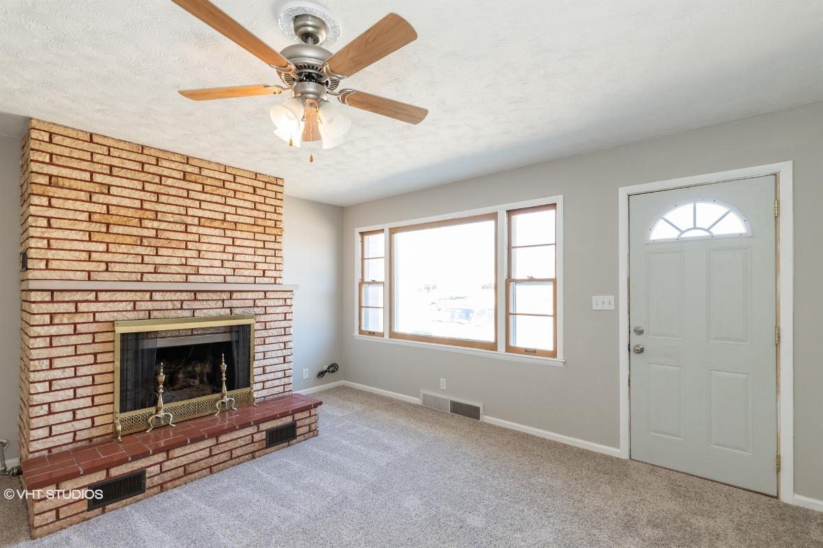 427 W Spruce St, Junction City, Kansas